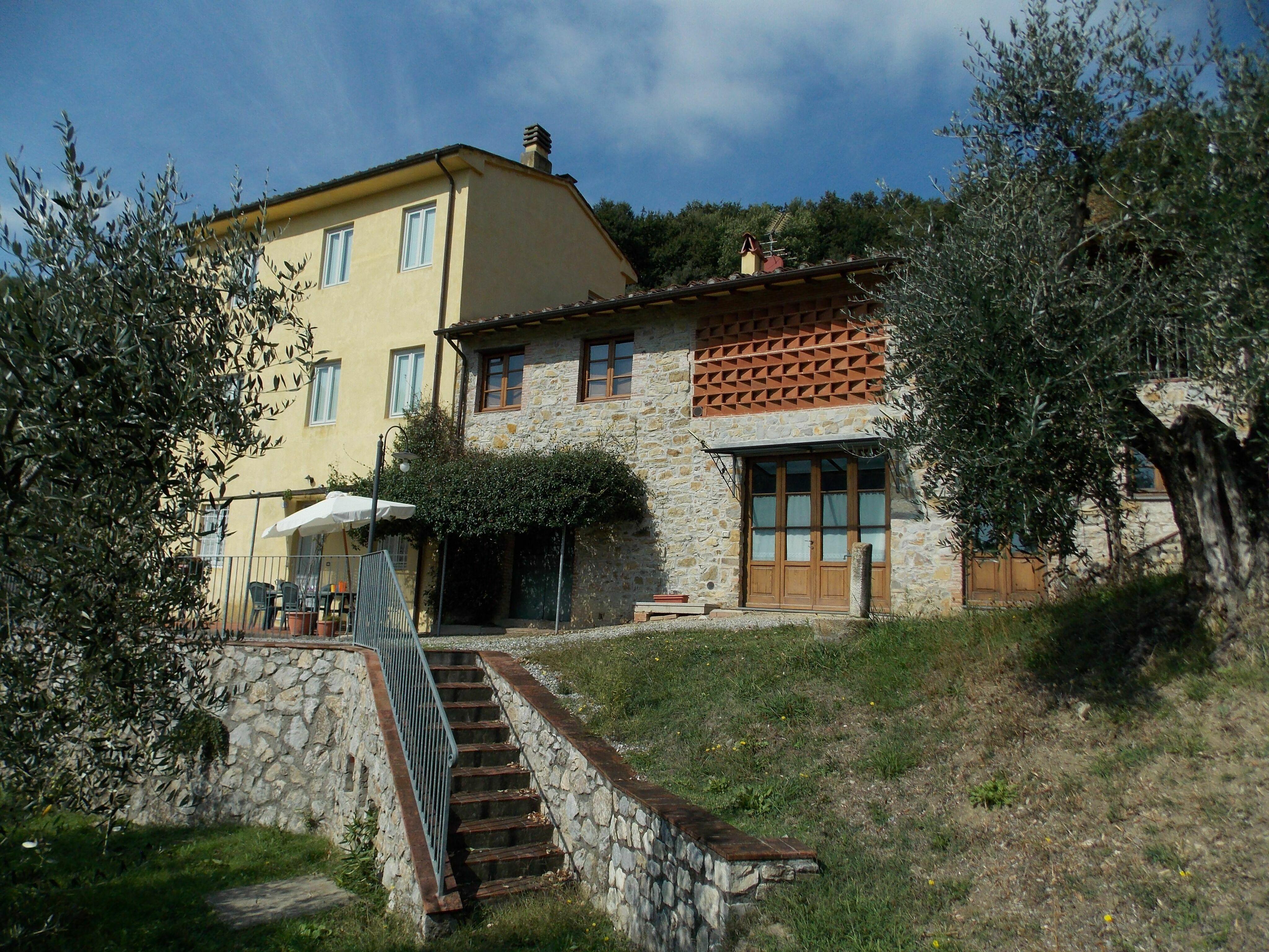 Lucca, Italy Apartment #RU1400370